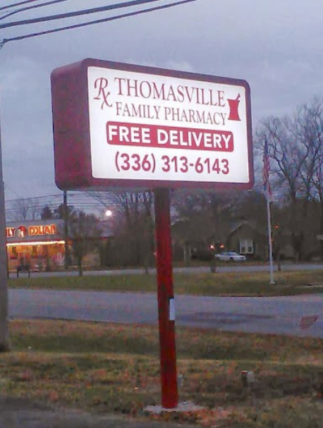thomasville family pharmacy sign